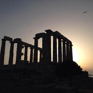 《千年一嘆》哀希臘 作者余秋雨圖片