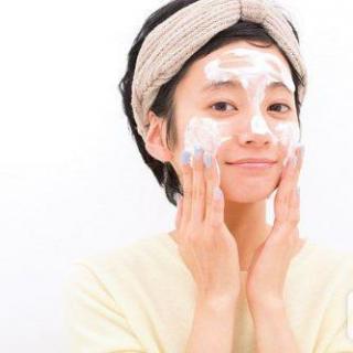 秀智的素颜肌,关键是脸部清洁