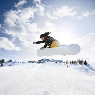 滑单板,让你的朋友看看你到底有多酷!——刘佳宇(一)