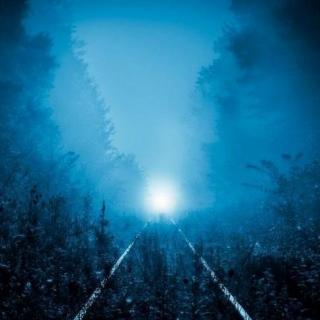 【夜半一更】午夜火车   一辆装满尸体的火车吗?