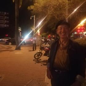 跟青海八十岁老大爷学俄语