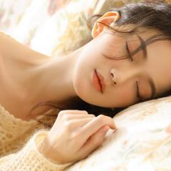【甜蜜入睡】女友给你掏耳朵
