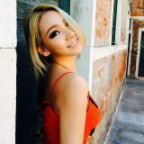 Stephanie_莫莫