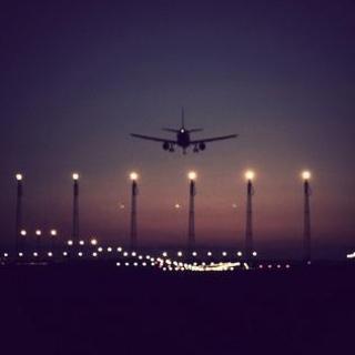 不流泪的机场。