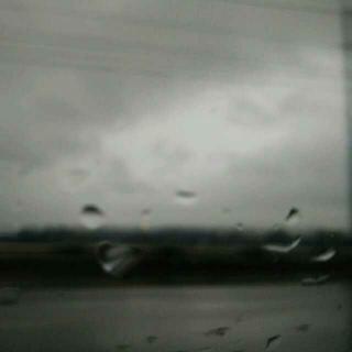 《老地方的雨》作者:情绪,朗读:婉凝