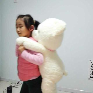 小姑娘和大熊