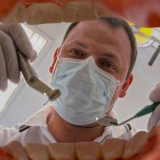 【人頭錄音】體驗一場虛擬看牙!