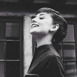 赫本:一生中最美的女人