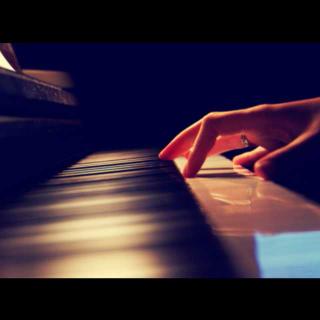 钢琴曲《月半小夜曲》