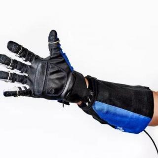 全球科技大视野0711期-NASA航天员助力手套产业化等新闻