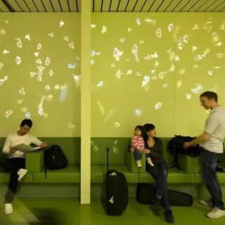 航班延误时,其实你可以在机场找点乐子