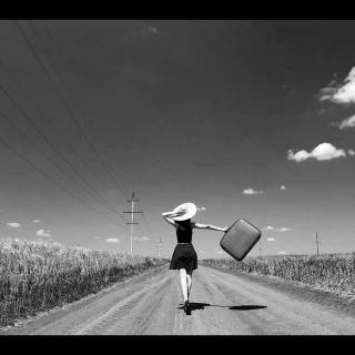孤独是你的必修课(文/卢思浩)