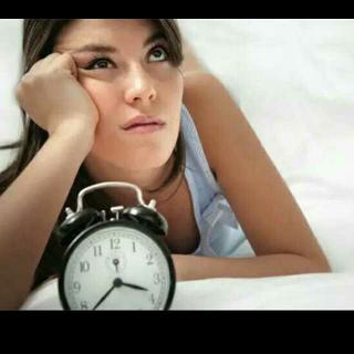 经常睡不好?就是因为你睡前……尤其是第三件