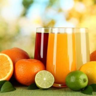纯果汁的配料表里为什么有纯净水?
