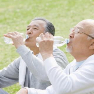 最简单的养生法~喝水