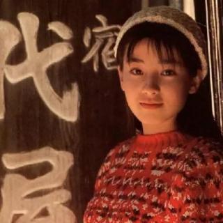 宫泽慧里:被母亲逼迫陪谁导演,遭遇悔婚,割腕自杀,废掉的人生