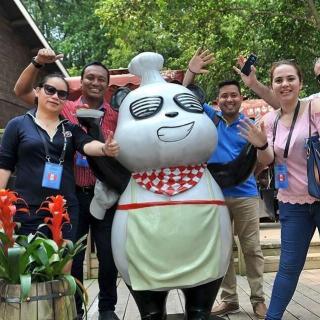 Jóvenes latinoamericanos desean reforzar intercambio cultural con China