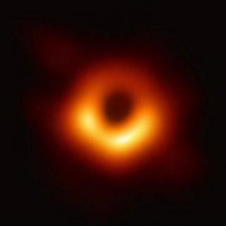 【特刊】直面黑洞丨首张黑洞照片的台前与幕后