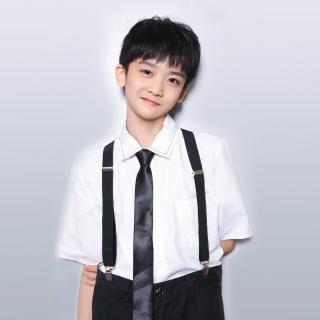 淋雨一直走+隐形的翅膀邓佳鑫(TF家族新年音乐会第一页)