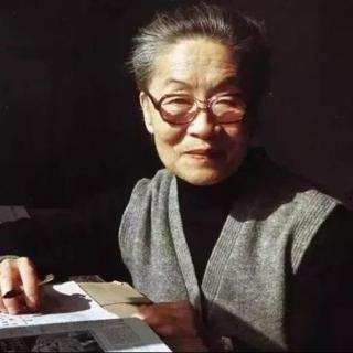 《世界是自己的》 作者:杨绛 朗读:千纸鹤