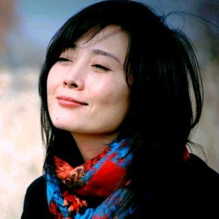 郑铮悦读《永远飞翔在诗国的蓝鸟》作者:胡野秋