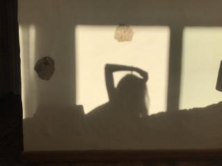 阳光铺满的床