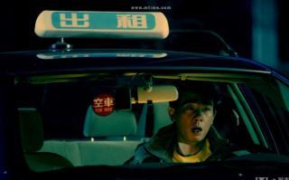 """【鬼兄奇谈】民间鬼话:开车时碰到""""鬼"""",你会怎么办?"""