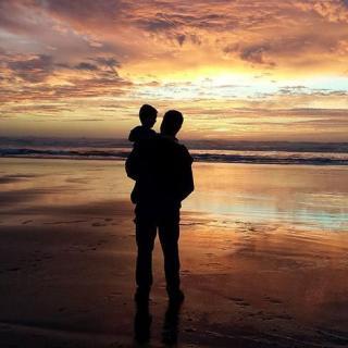 #我爱我的祖国#原来我爸真的老了。