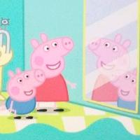 小猪佩奇――镜子里是有魔法吗?