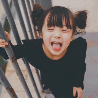 你一笑,空气都仿佛变甜了 - Sora、