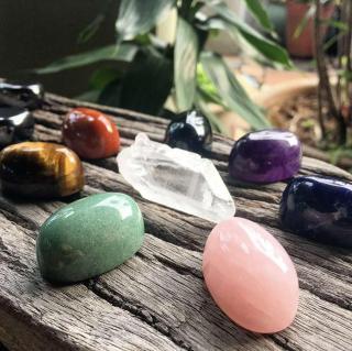 灵石之约水晶七脉轮疗愈冥想音频