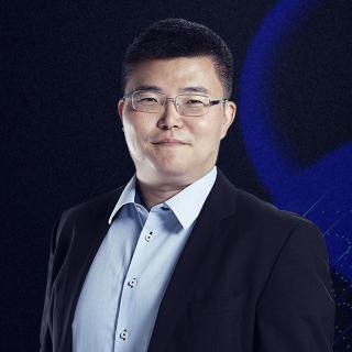 张君毅:老生常谈!5G时代是人开车还是车带人?