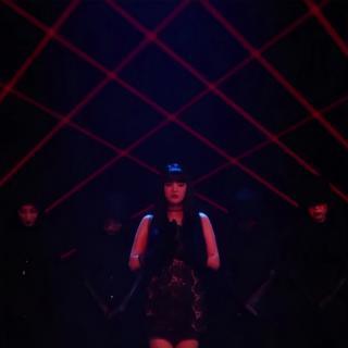 「live」LATATA (泰语Intro版)