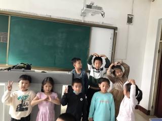 朋友柯礼智 刘沐阳读爱的教育(来自FM176143935)