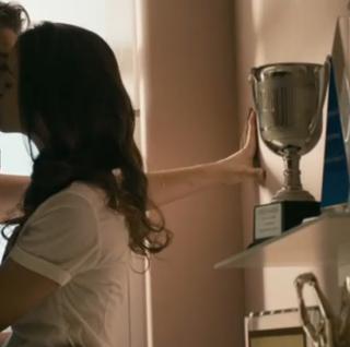 电影故事:一个39岁的女人,如何俘获19岁少年的情爱故事!
