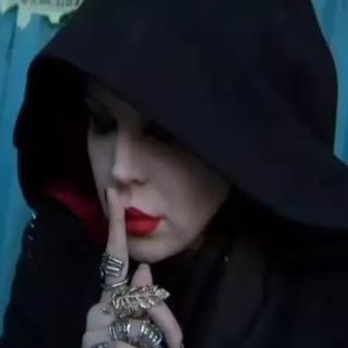 """魔鬼中的天使—""""混沌之靈""""朱莉王"""