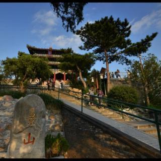 北京城中的镇物-景山