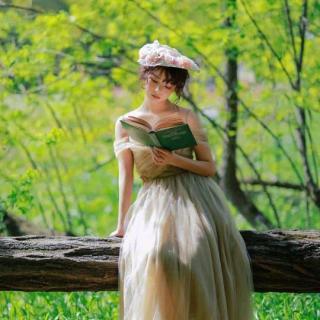 英语美文: A real graceful lady